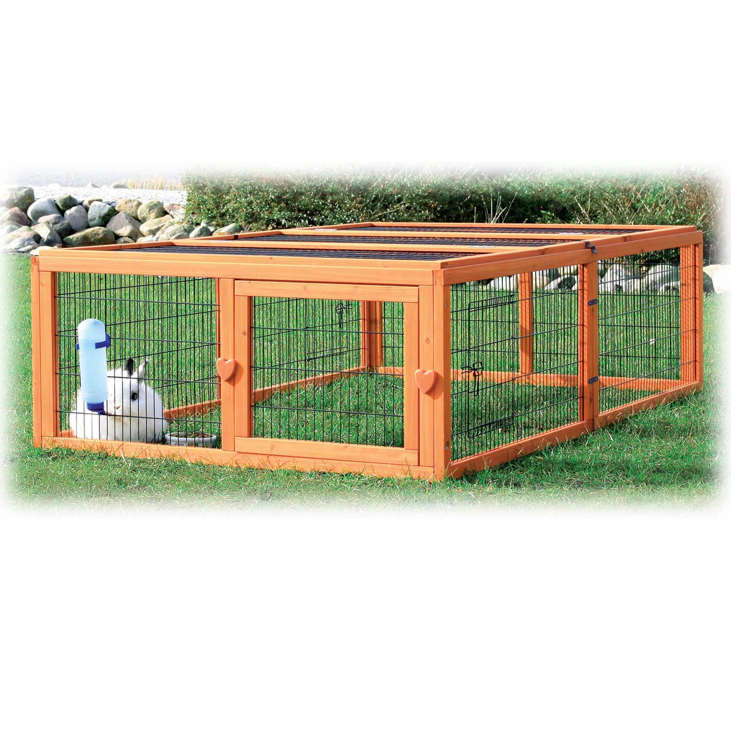 Trixie Natura Flat Roof Outdoor Rabbit Run 18.75 L X 68.5 W X 42.75 H 68.5 IN Natural Wood